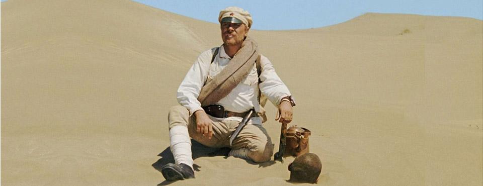 Кадр из фильма «Белое солнце пустыни», сценарий выпускника ВКСР — Рустама Ибрагимбекова